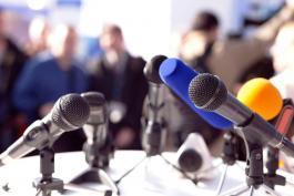 Vzor média plánu | malá marketingová